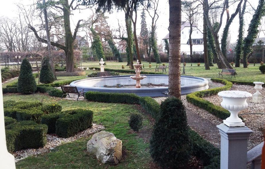 villa park 10