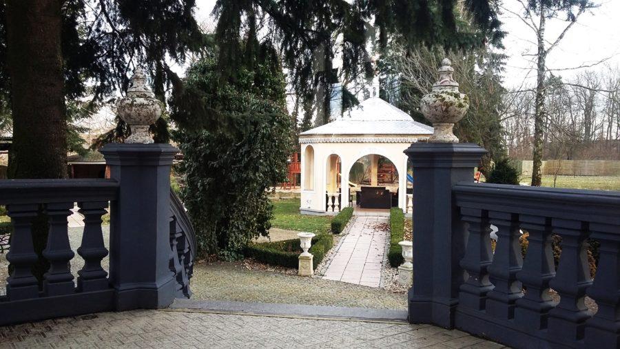 villa park 8