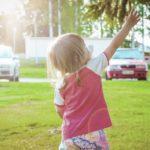 Niskie dziecko – czego warto go nauczyć?