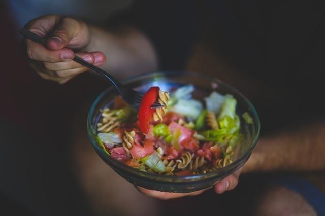 wyzszosci-jedzenie