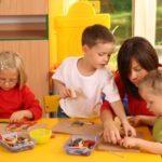 Wspólna zabawa z rówieśnikami i jej znaczenie dla prawidłowego rozwoju dziecka