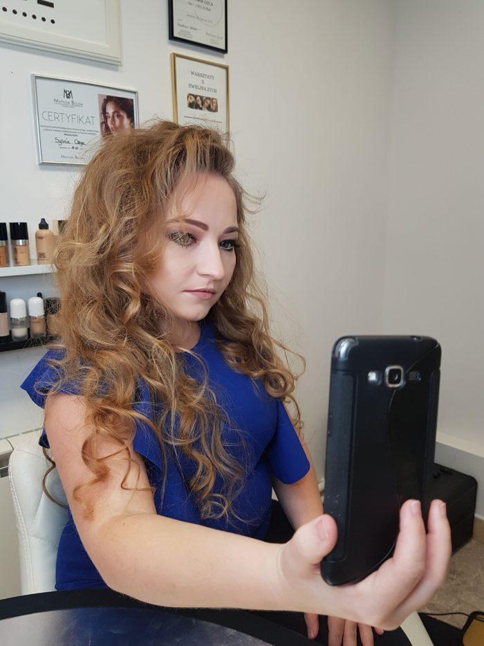 makijaż wieczorowy królowa selfie